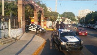 Recorridos de seguridad por parte de policías municipales y estatales en Acapulco.