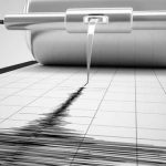 Aguja de un sismógrafo que registra el movimiento telúrico