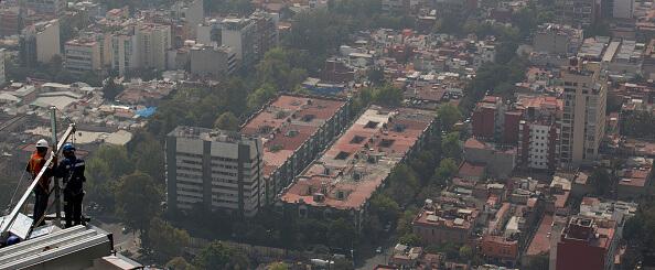 Panorámica de la Ciudad de México; termómetro alcanzará los 26 grados centígrados. (Getty Images)