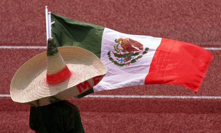 El muro con México se está diseñando ahora: Trump