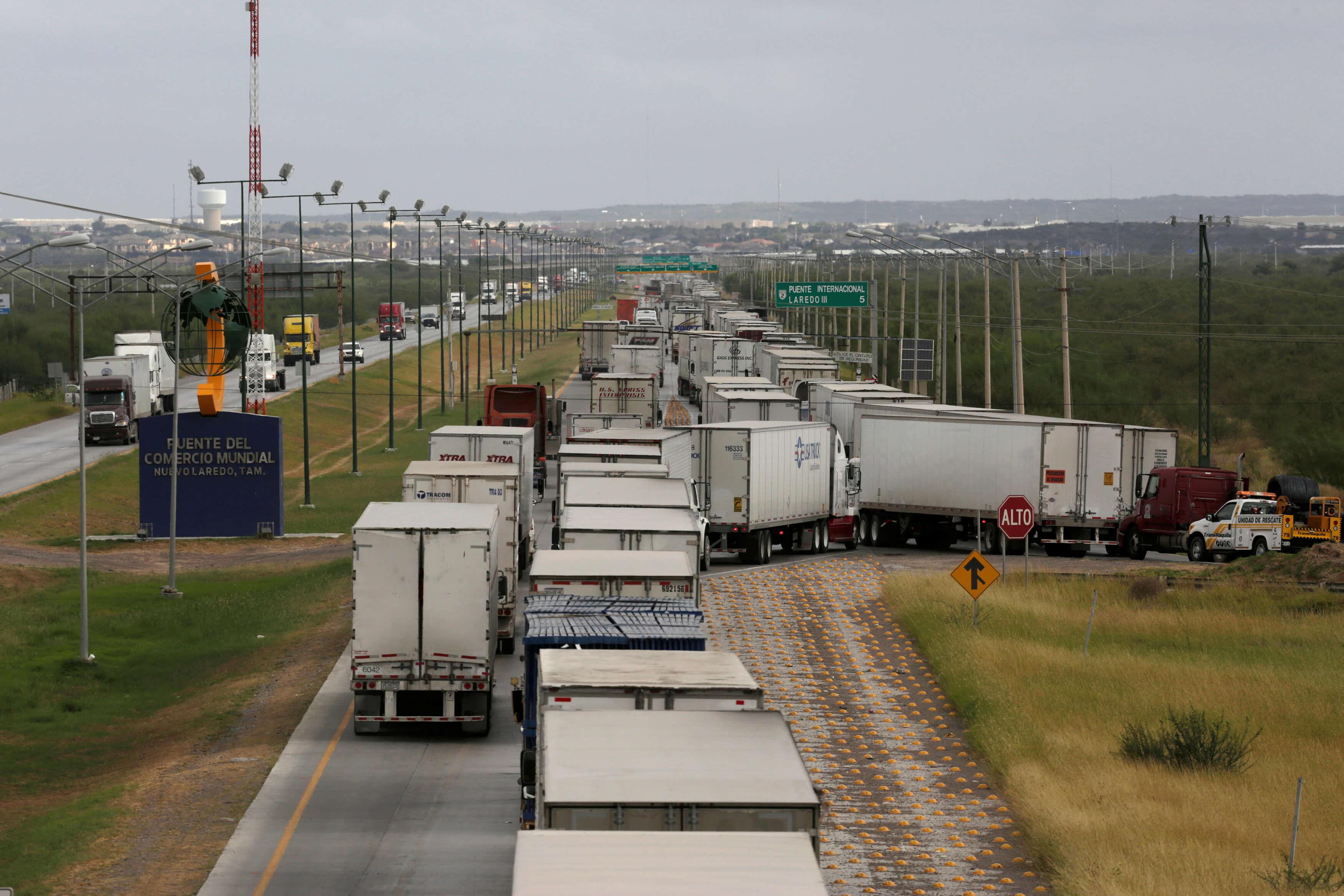 Aspectos del Puente del Comercio Mundial en Nuevo Laredo, Tamaulipas. (Reuters, archivo)