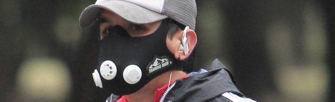 Autoridades de Salud y Medio Ambiente en la CDMX alertan sobre daños a las vías respiratorias por las ráfagas de viento que transportan virus o bacterias.