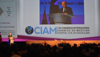 El secretario de Salud participó en la inauguración del Congreso Internacional Avances en Medicina, en Guadalajara. (Twitter: @JoseNarroR)