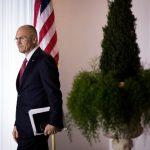 Andrew Puzder, candidato del presidente Trump para dirigir la Secretaría de Trabajo, revela haber empleado a una inmigrante indocumentada como ama de llaves (Getty Images/archivo)
