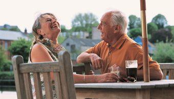 Expertos aseguran que lo importante es buscar el equilibrio y ser feliz en pareja o soltero (Getty Images/archivo)