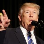 El presidente Donald Trump habla con la Asociación de Alguaciles Mayores del Condado y la Asociación de Jefes de Ciudades Mayores en Washington (Reuters)