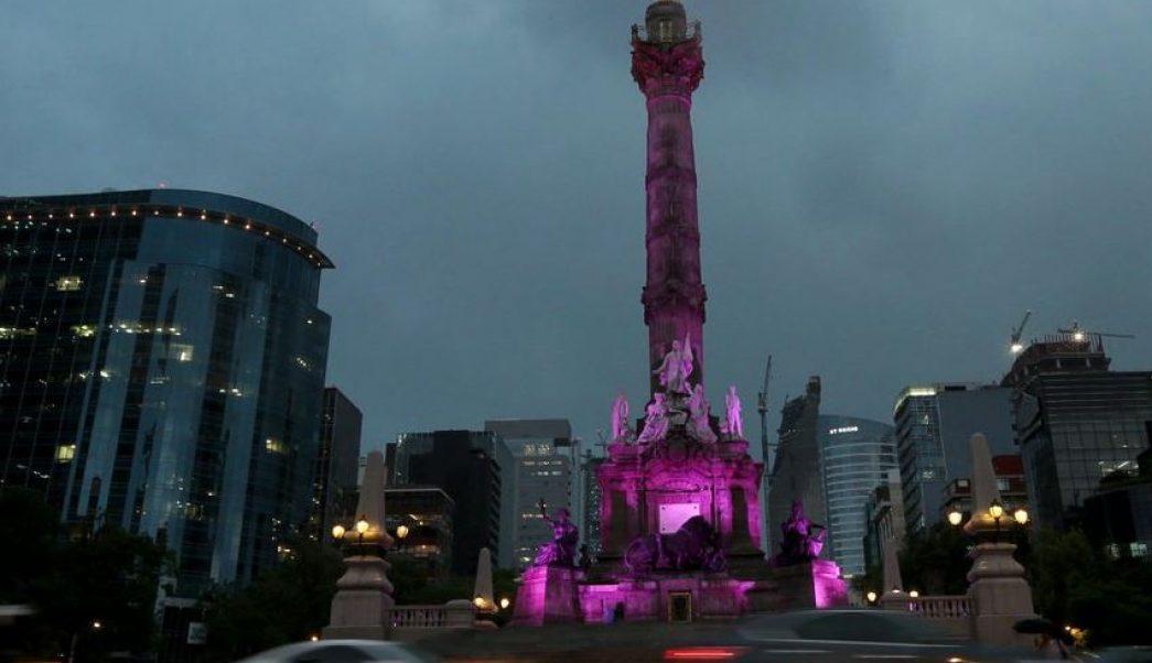 Los edificios emblemáticos de la Ciudad de México se iluminarán de morado para conmemorar el Día Internacional de la Mujer. (@mundoynacional/archivo)