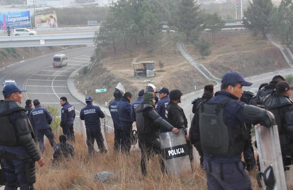 Tzotziles se enfrentan a polic as antimontines en chiapas - Inmobiliarias en villagarcia de arosa ...
