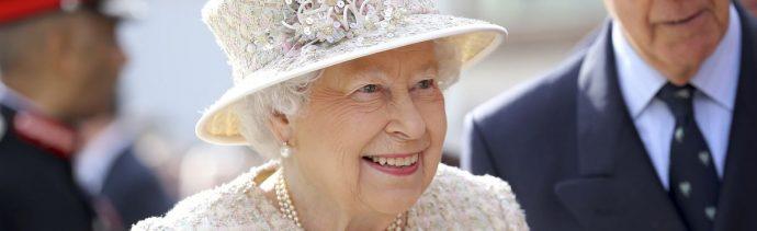 Carlos, heredero de la corona británica, será proclamado rey al día siguiente de la muerte de Isabel II a las 11:00 de la mañana