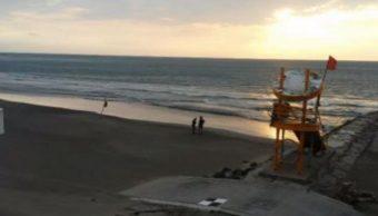 Visitantes disfrutan diversas actividades en playas de Veracruz. (Noticieros Telvisa)