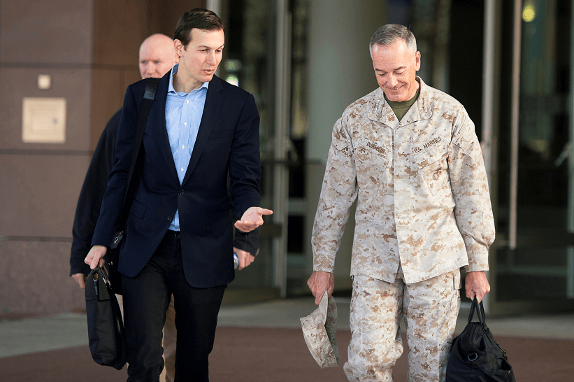 Jared Kushner se encuentra en Irak junto al jefe del Estado mayor conjunto de EU, Joseph Dunford. (Reuters)