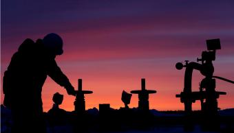 El precio del petróleo inició la semana a la baja. (Reuters)