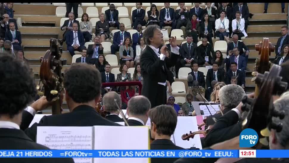 Llevan, música, líderes de G7, Taormina