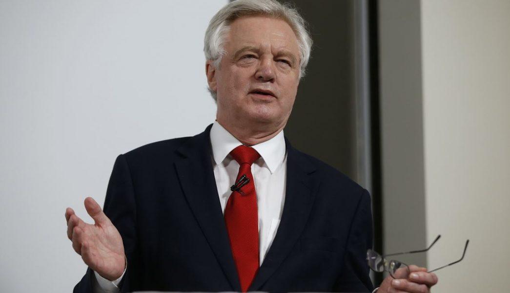 UE adopta directrices para negociar el periodo transitorio del Brexit