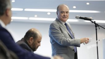 El panista Ernesto Ruffo Appel confirma que contenderá por la presidencia de su partido. (Twitter: @RuffoAppel)