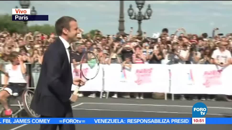 Emmanuel Macron, improvisa, juega tenis, campaña para los Olímpicos