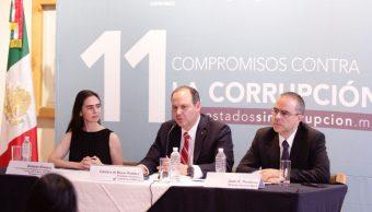 Coparmex presenta firma para luchar contra la corrupcion