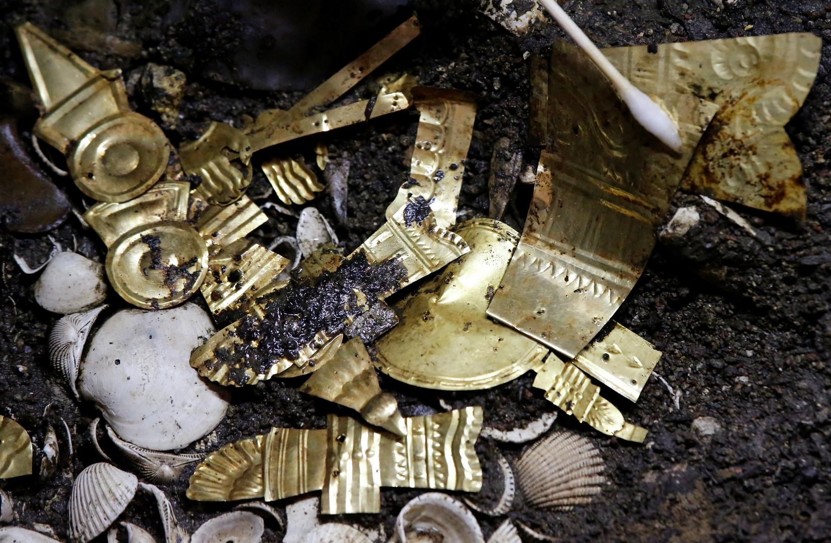piezas de oro encontradas en la ciudad de mexico