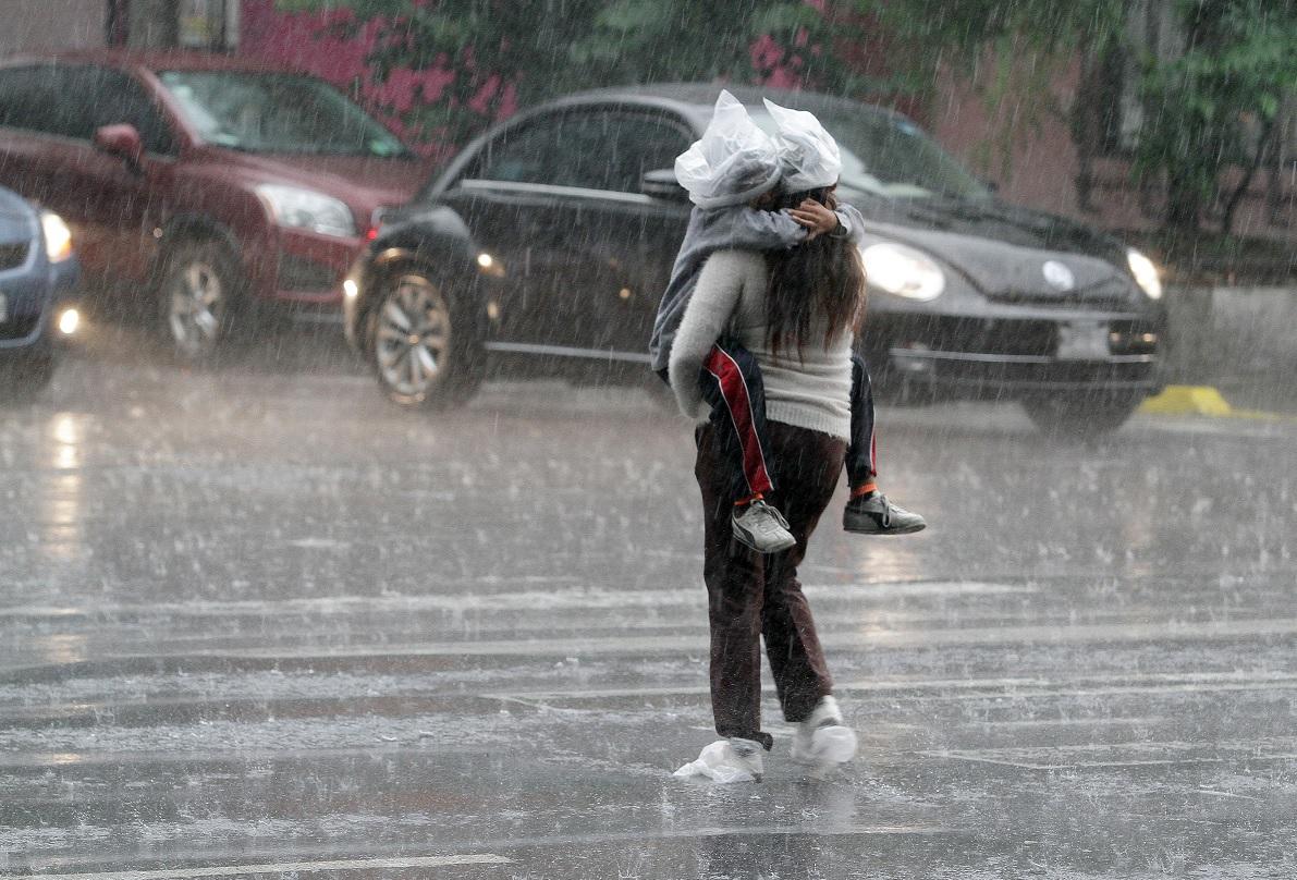 Activan alerta amarilla por lluvia en CDMX