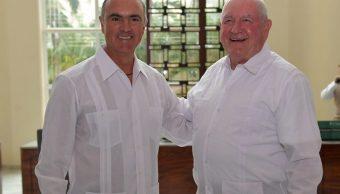José Calzada y Sonny Perdue, secretarios de Agricultura