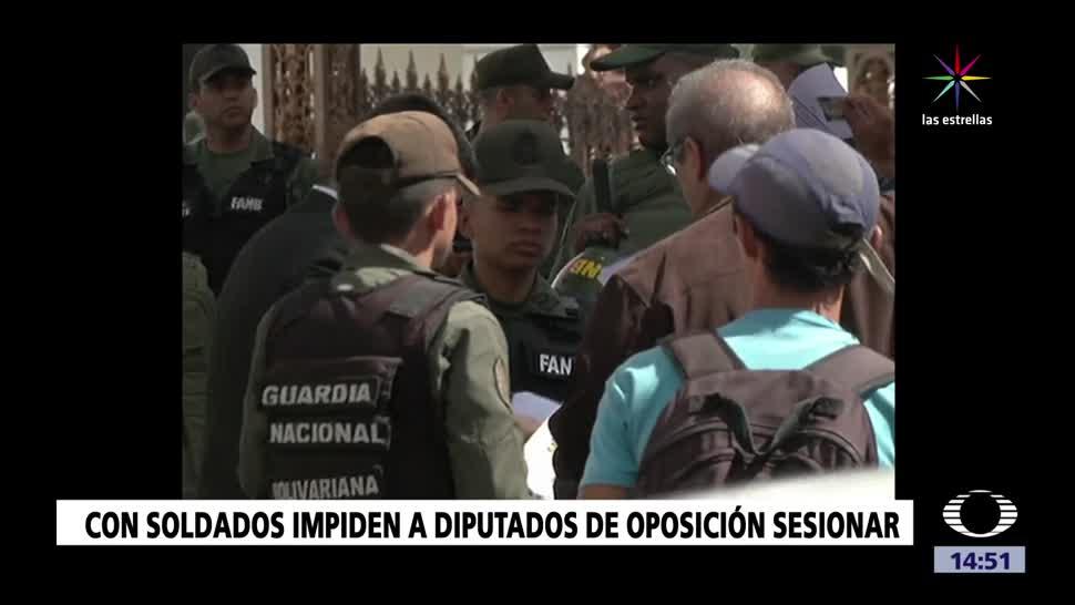 Soldados impiden a diputados ingresar al Parlamento venezolano
