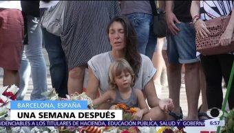 Recuerdan víctimas atentado Las Ramblas Barcelona