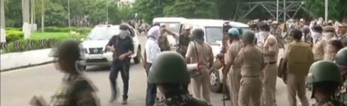 Protestas en la India dejan 29 muertos
