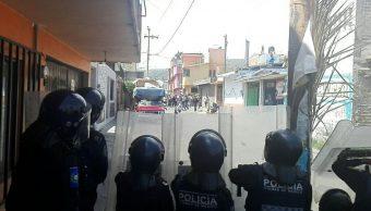 Enfrentamiento en Xochimilco entre granaderos y mototaxistas