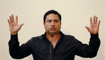 Julión Álvarez se presenta voluntariamente SEIDO