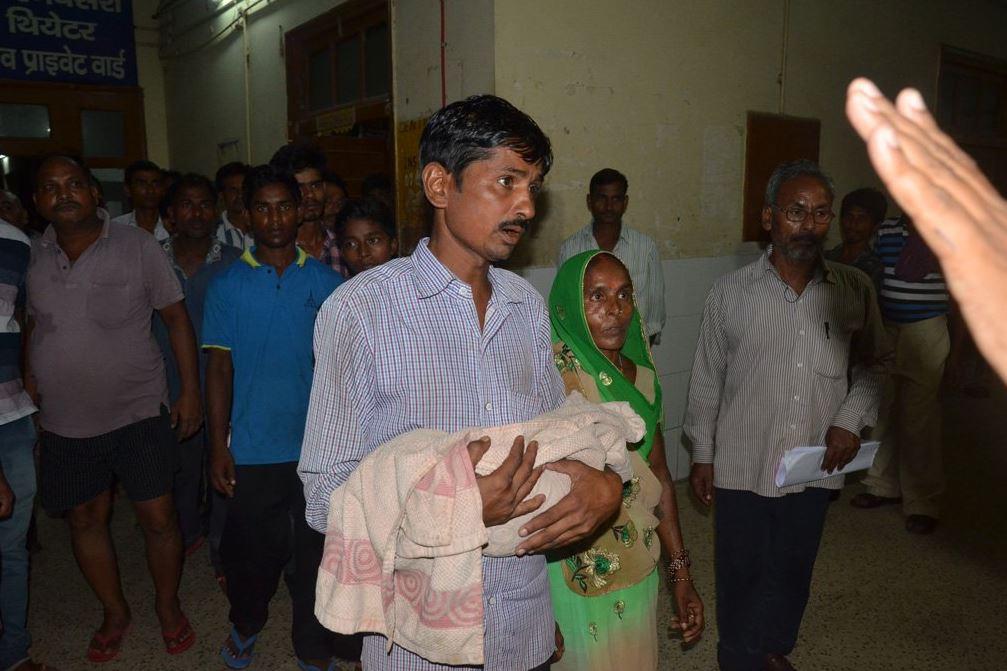 niños mueren hospital india fallas oxigeno