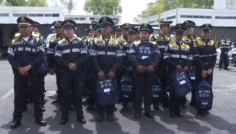 SSP-CDMX entrega mochilas y útiles escolares a hijos de policías