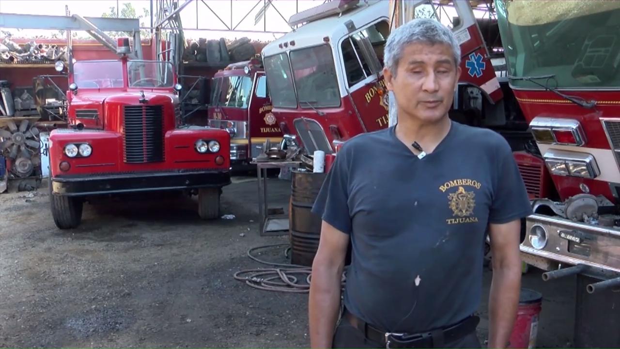 Resultado de imagen para bombero invidente