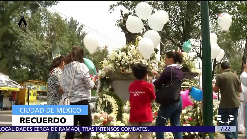 Vecinos de Coapa rinden homenaje a víctimas del colegio Enrique Rébsamen