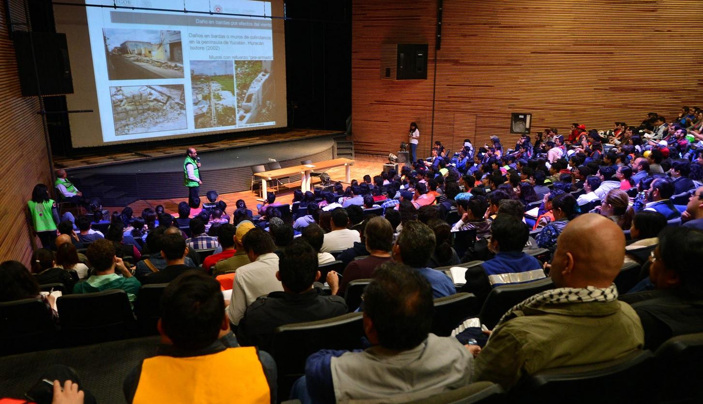 UNAM coordina brigadistas para evaluar viviendas afectadas por sismo