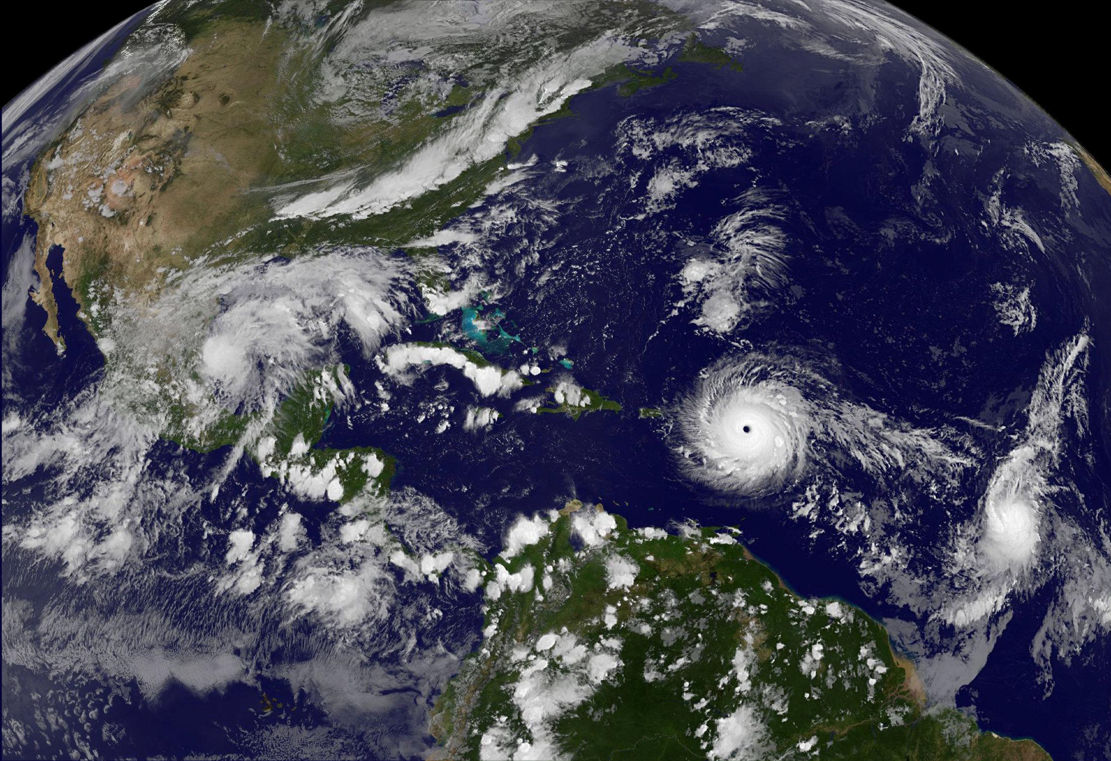 Trump declara estado emergencia huracan Irma