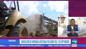 Demolición de viviendas afectadas por sismo del 7S en Chiapas