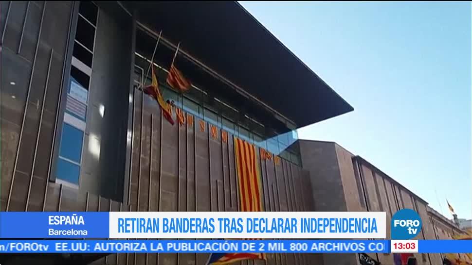 Retiran bandera de España del Parlamento catalán