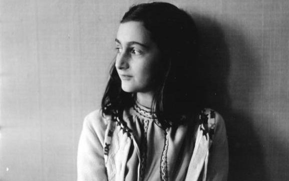 Exagente del FBI busca al traidor de Ana Frank