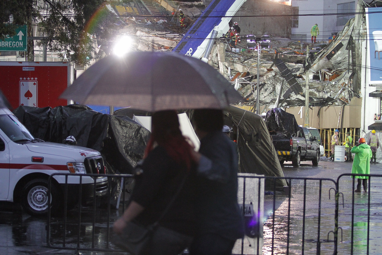 IPN lamenta fallecimiento de 3 alumnos por sismo