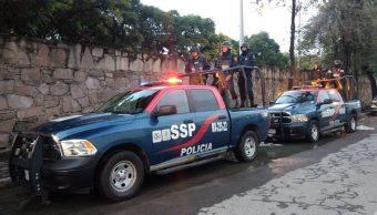Detienen en Tlalpan a 7 personas con armas, droga e insignias de seguridad en la CDMX