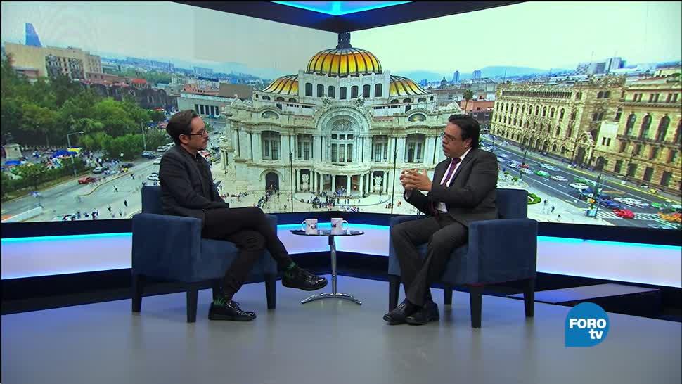 Genaro Lozano entrevista a César Villanueva