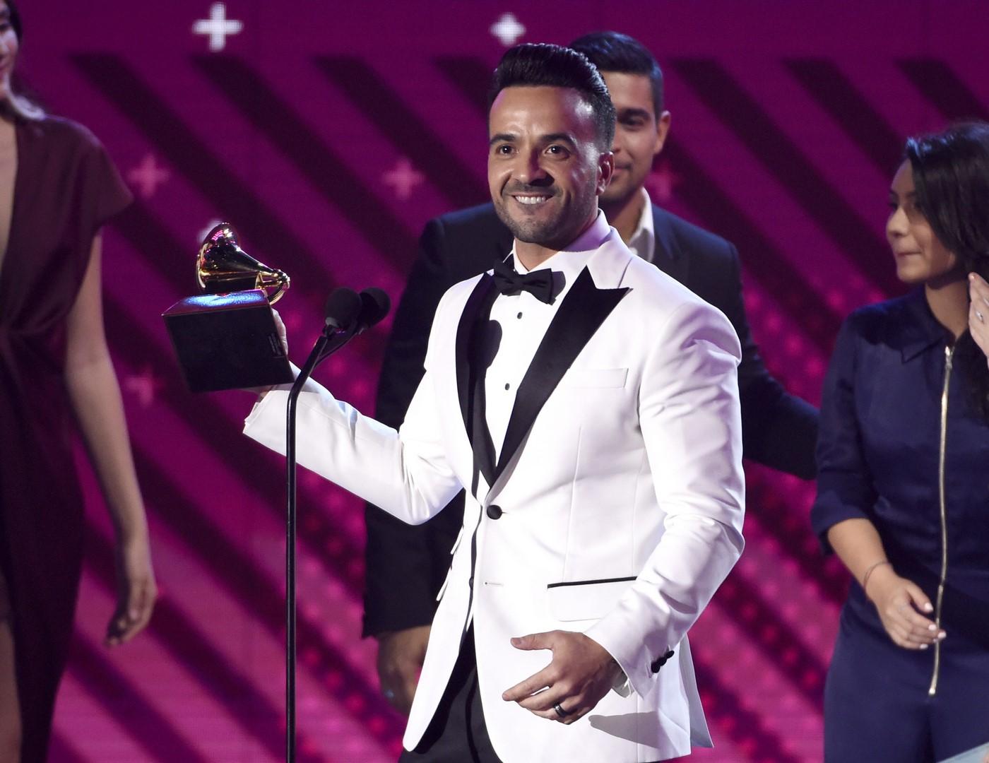 Luis Fonsi ganó el Premios Grammy Latinos