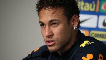 Neymar rompe llanto emotivas palabras su entrenador