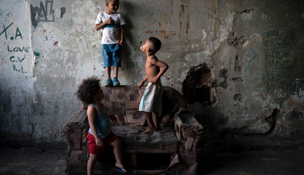 Aumentan niños que viven en pobreza extrema en el mundo, alerta Unicef