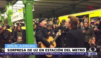 U2 sorprende a pasajeros del Metro de Berlín con concierto acústico