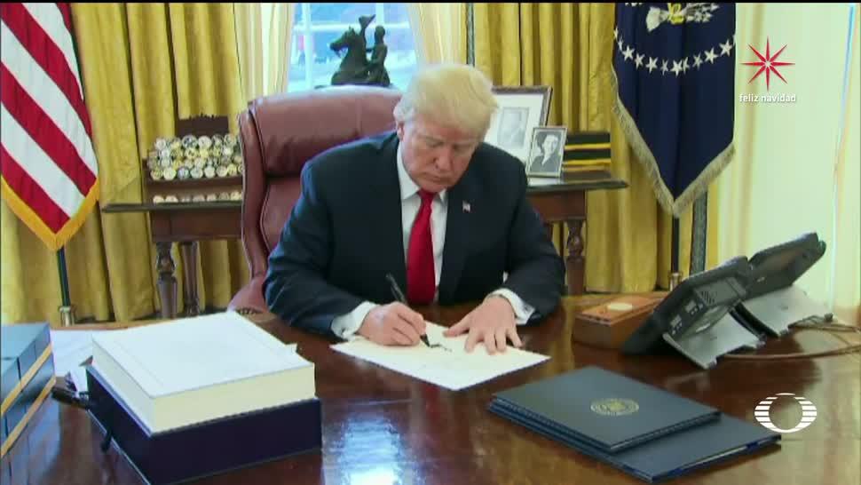Trump firma su ley fiscal y el dólar se dispara