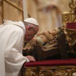 Papa compara travesía de María y José a Belén con migración