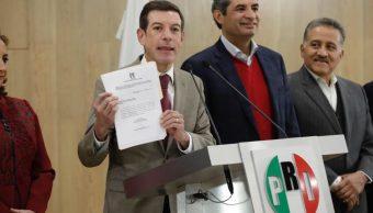 Enrique Ochoa Reza, dirigente nacional del PRI, anuncia que Miguel Castro Reynoso es el precandidato de unidad en Jalisco