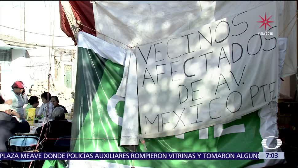 Damnificados por los sismos en Xochimilco pasan frío