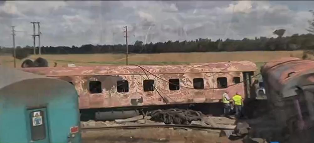 Choque de trenes deja decenas de heridos en Sudáfrica